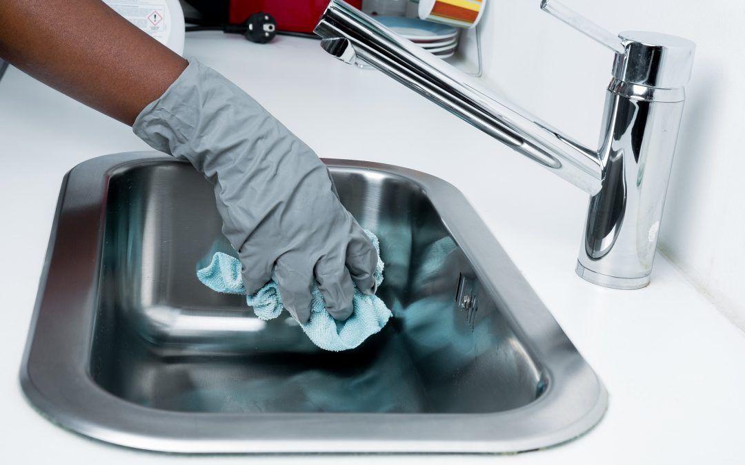 Limpia y desinfecta tu casa